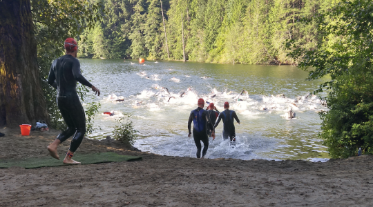 Kieren McPherson and Julie Baker Beat Out Close Field and Fast Times at XTERRA Victoria 2018